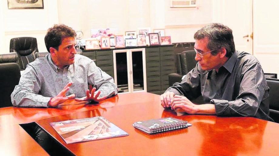 """El legislador provincial Gabriel """"Tom"""" Romero se reunió el mes pasado con el exintendente de Tigre, Sergio Massa, en su oficina."""