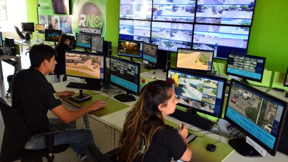 El servicio de emergencias del 911 tiene su central en Viedma. Archivo