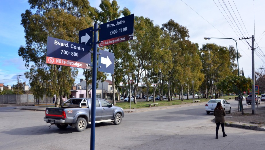 El intento de secuestro en el bulevar Contín y Ministro Jofre. Foto: Marcelo Ochoa.