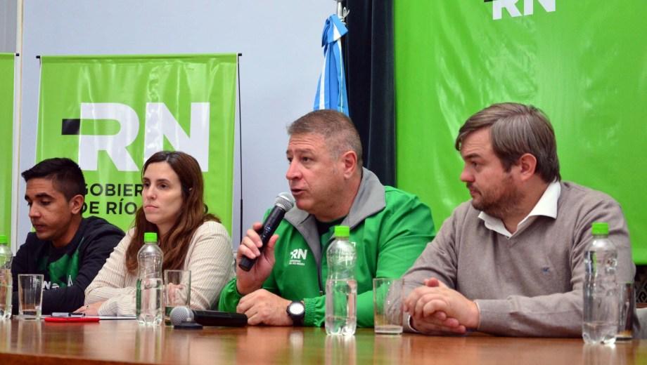 El secretario de Deportes,Marcelo Szczygol, fue uno de los oradores. Foto: Marcelo Ochoa