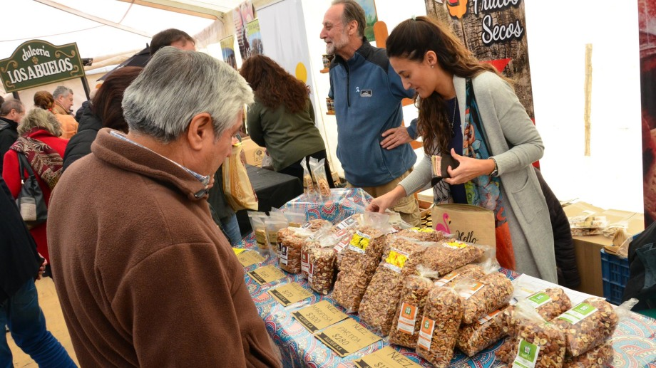 Este viernes comienza una nueva edición de la fiesta provincial de los frutos secos. Foto: Marcelo Ochoa