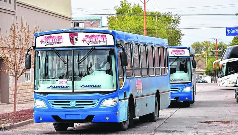 El transporte público es utilizado por unos 1.000 vecinos de la ciudad cabecera del centro de la provincia.