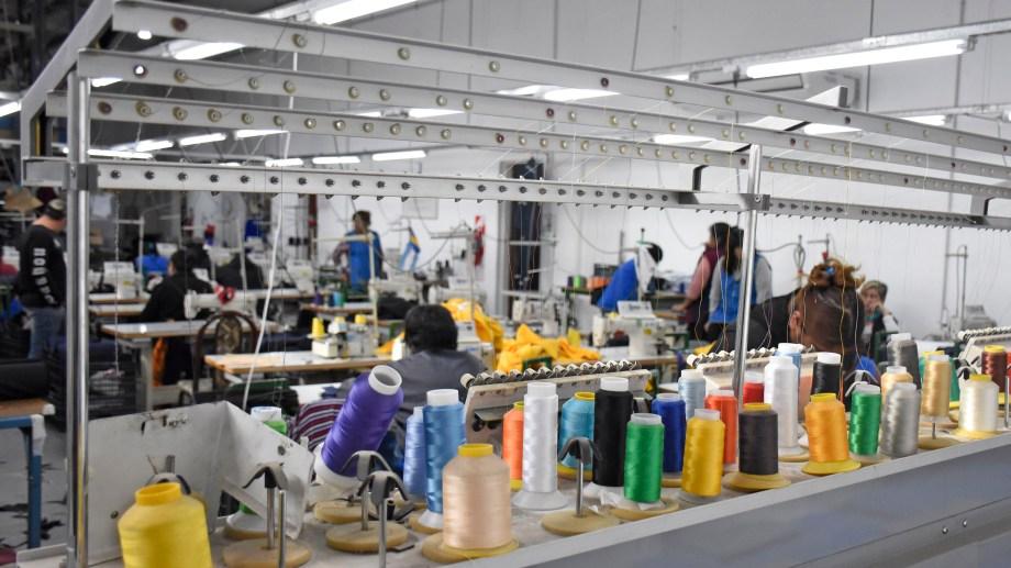 En 2019 lograron establecer su taller en un galpón del Parque Industrial (Florencia Salto)