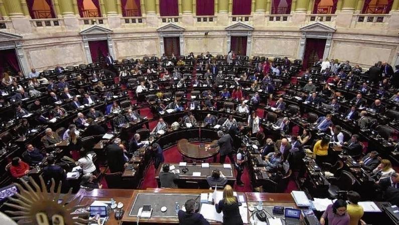 Río Negro renueva este año las tres bancas del Senado y tres de Diputados.
