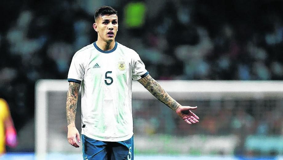 Leandro Paredes pica en punta para enfrentar a Colombia.