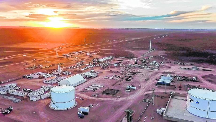 La planta, base de los gasoductos, está ubicada en Tratayén, cerca de Añelo.