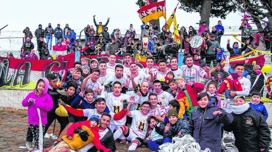 Además del campeonato, el Cruzado sacó boleto para el Regional.