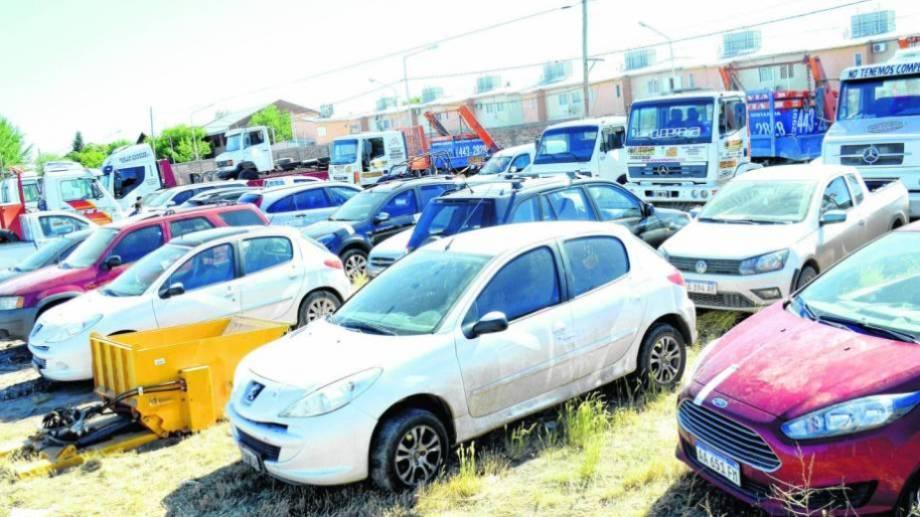 En 2017 la policía realizó 14 allanamientos a los acusados  y secuestró decenas de vehículos. (Foto: Archivo.-)