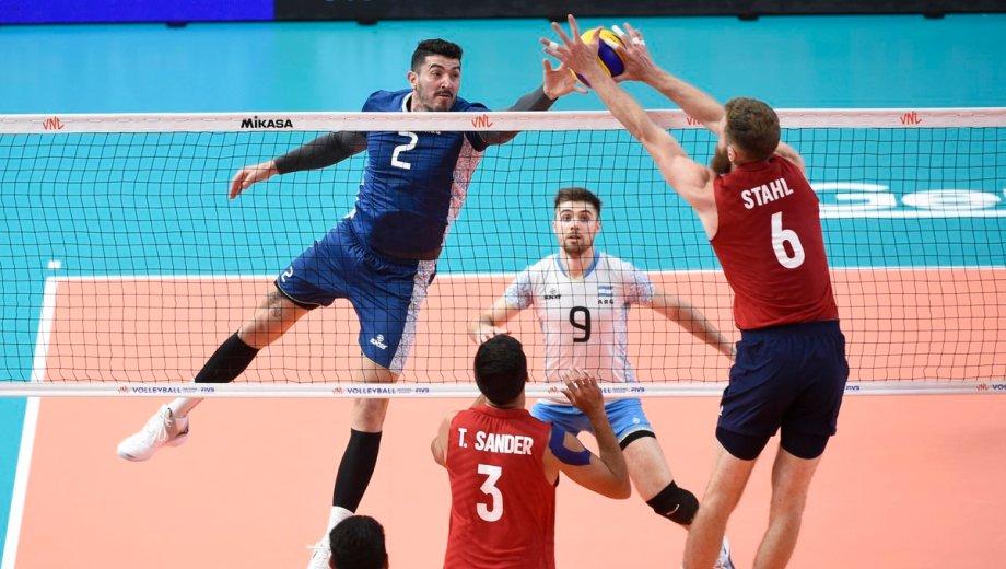 La selección perdió 3 a 1 contra Estados Unidos y mañana se mide con Francia. (Foto: Feva)