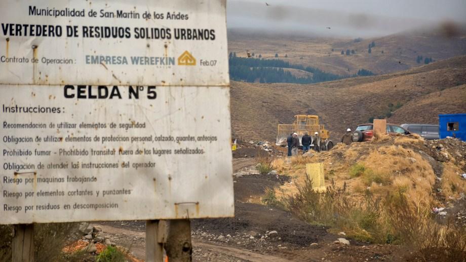 La celda 5 del basural local ya colmó su capacidad y no se puede abrir una nueva por la cercanía con un barrio. (Archivo Patricio Rodríguez).-