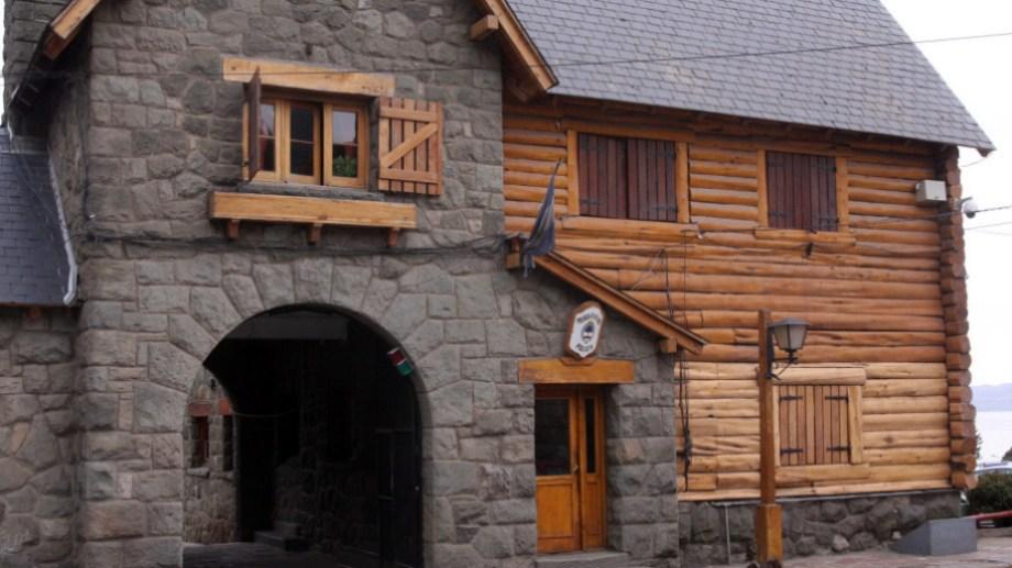 La Policía acudió al domicilio donde se produjo la amenaza, en Bariloche. Archivo