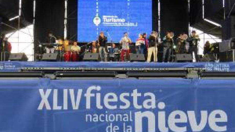 La Fiesta Nacional de la Nieve cumple 49 ediciones y será organizada por el empresariado. (Archivo)
