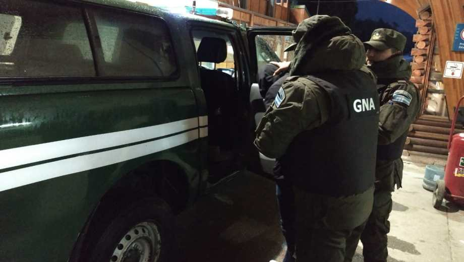 El hombre que tenía pedido de captura fue trasladado a Buenos Aires. Foto: gentileza