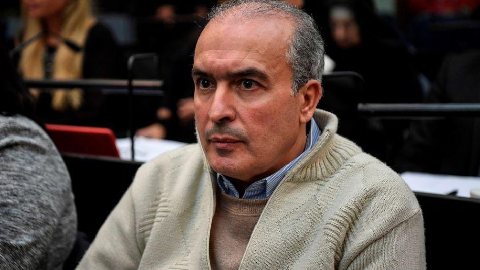 Seis años de prisión para José López por enriquecimiento ilícito