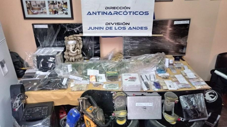 Los secuestros se produjeron en ocho allanamientos en Neuquén y Río Negro. (Foto: Gentileza.-)