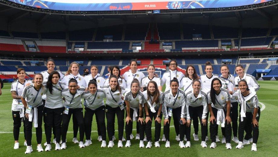 Las jugadoras argentinas se darán el gusto de debutar en el Mundial en el estadio del PSG.