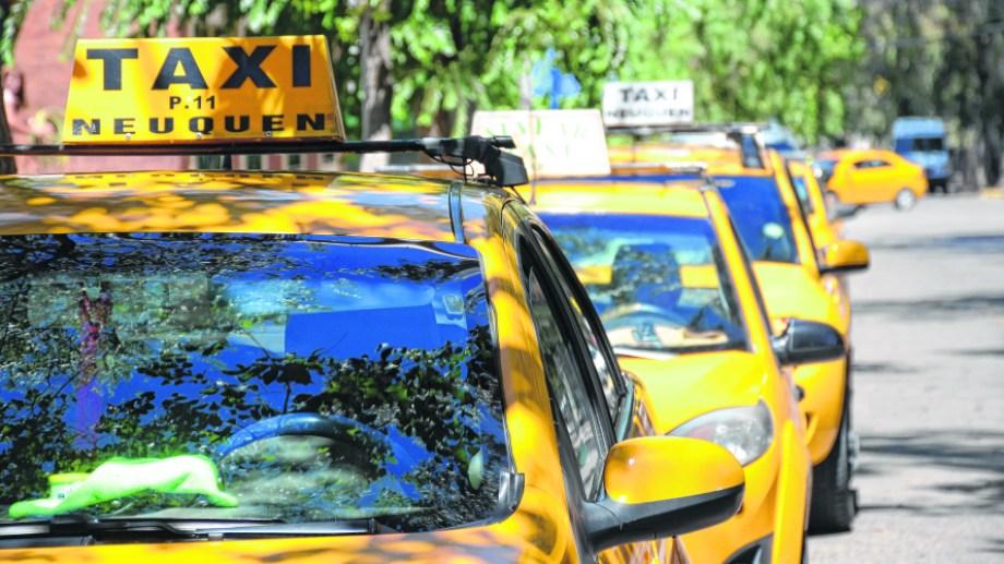 El nuevo aumento de taxis se aplicaría antes de fin de mes. (Archivo Mauro Pérez).-