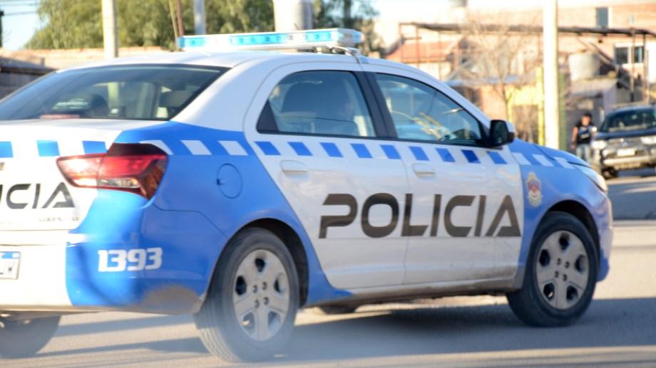 Desde la Policía del Neuquén afirmaron que no disminuyó la presencia policial en los barrios.