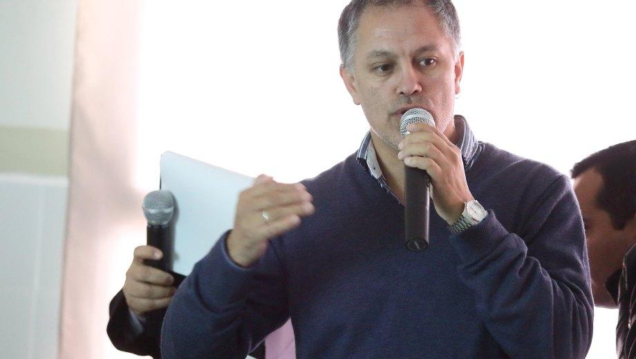 """Carrizo aelantó que con estos equipos """"se refuerza una primera compra""""."""