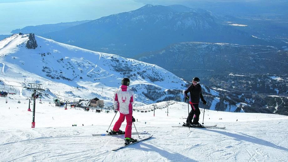 Los esquiadores y snowbordistas de Bariloche podrán volver a las pistas la próxima semana. Archivo