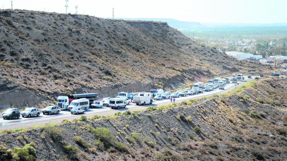 Menos tránsito en Añelo. Vialidad Provincial construirá una nueva traza para la Ruta 17 en el tramo que hoy corresponde a la Nº 7.