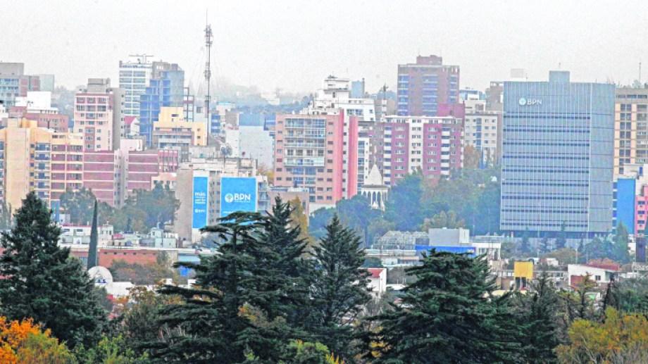 Cada vez son más los edificios que se construyen en la zona centro de la ciudad.  Foto: Archivo