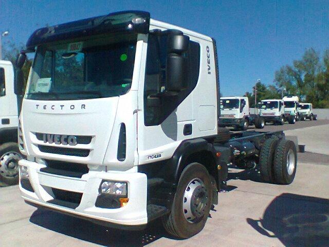Iveco 170E28 se quedó con el primer puesto en junio entre comerciales pesados.