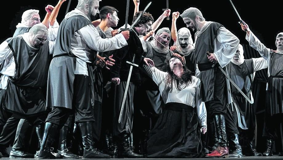 """""""Es una ópera basada en una venganza que pasa en el medioevo, en el 1300"""", explicaron."""