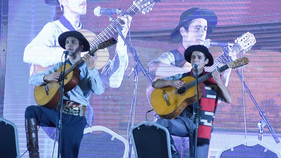 Juan Curbelo y Maximiliano Salas son dos de los neuquinos que dirán presente en el encuentro.