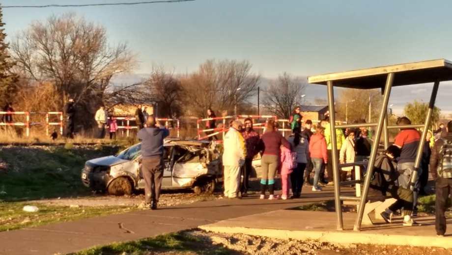 El Tren del Valle chocó contra una camioneta en Allen