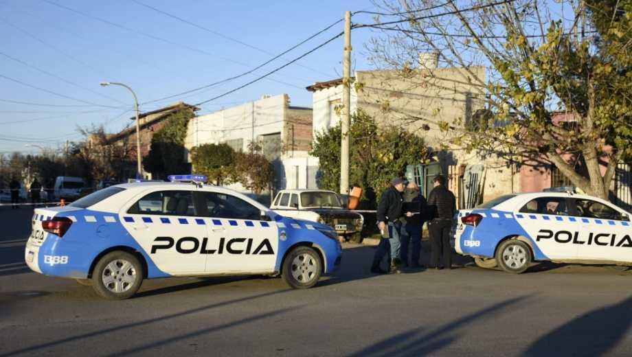 El hombre fue encontrado muerto en cercanías a Santa Cruz y Montevideo. (Florencia Salto).-