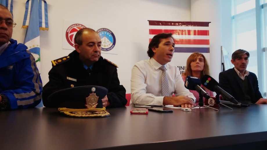 Hoy se brindó una nueva conferencia de prensa, con el fiscal general José Gerez a la cabeza, sobre la sobre las novedades del caso. (Yamil Regules).