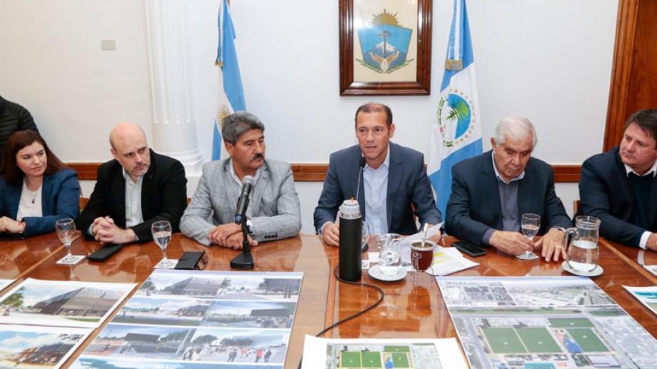 La presentación de la nueva Ciudad Deportiva, última actividad de Gaido (a la derecha) como ministro. Lo reemplaza Vanina Merlo (a la izquierda) (Gentileza)