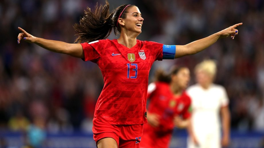Alex Morgan marcó el segundo con un cabezazo notable.