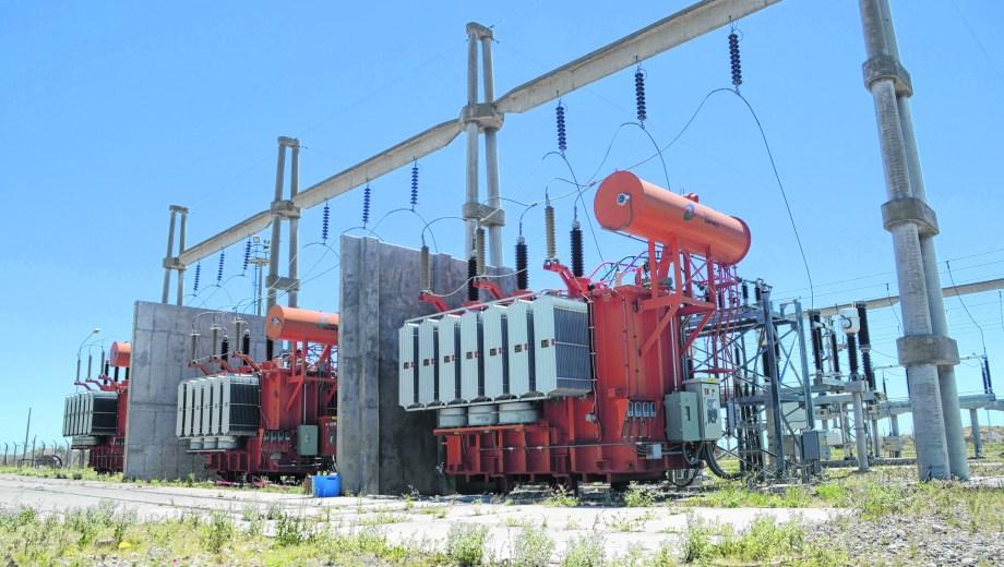 En el predio de la Estación Transformadora Gran Neuquén, que abastece la zona oeste de la capital, el EPEN también tiene montado el Centro de Operaciones.