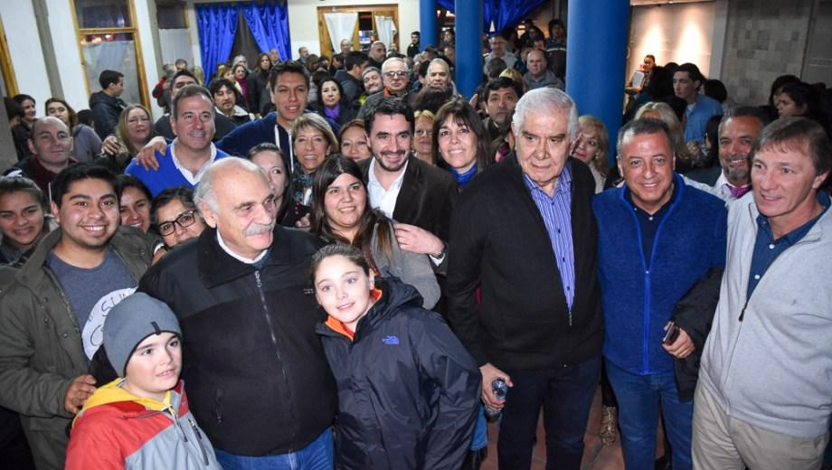 El senador nacional Guillermo Pereyra estuvo de campaña en San Martín de los Andes. Gentileza prensa senador Pereyra