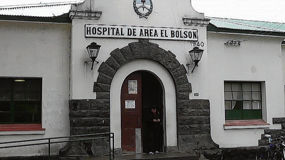 El incidente sucedió esta semana en el hospital de El Bolsón, revelaron fuentes judiciales.