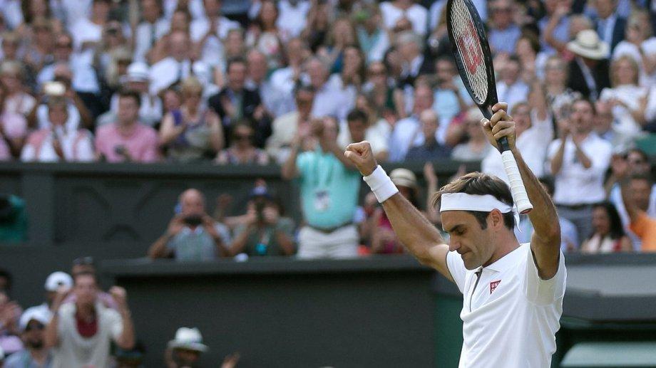 Federer definirá el título ante Djokovic, con el que ya perdió dos finales en Londres.