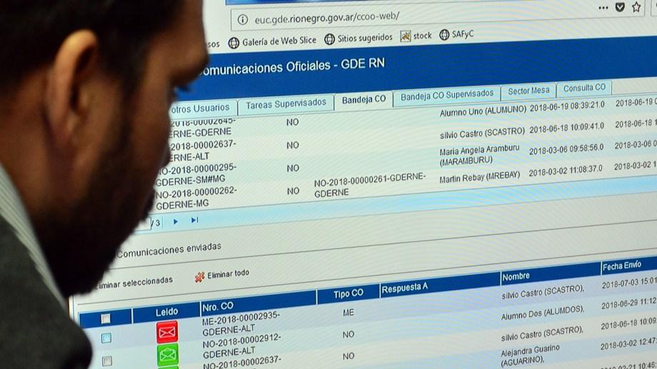 La provincia encara plan de modernizacion con expedientes digitales. Foto: Marcelo Ochoa
