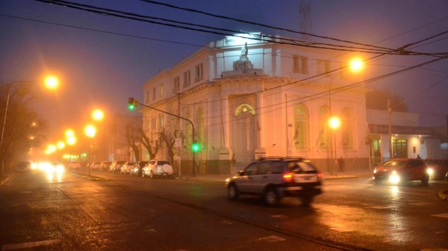 La Comarca amaneció con una densa niebla. Foto: Marcelo Ochoa