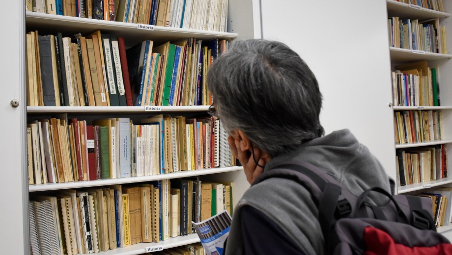 06/03/2019 - ag nqn - Biblioteca patagónica - salto