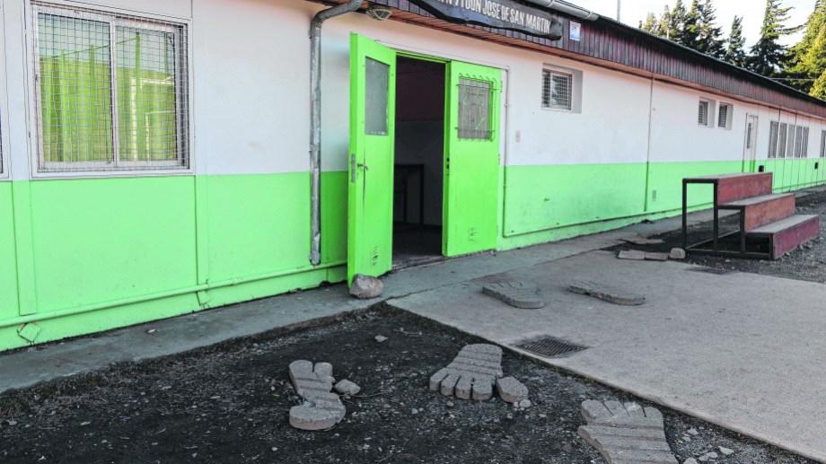La escuela 71 de Bariloche, a la que concurre María de Luján (Alfredo Leiva)