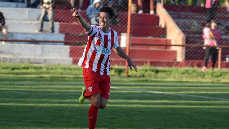 El delantero se destacó en su temporada en Independiente.