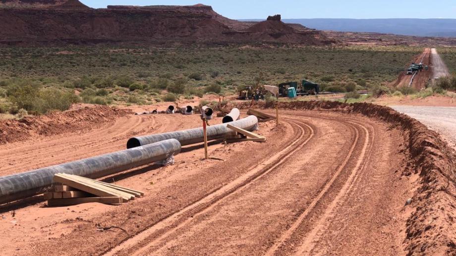 El gasoducto se construyó sobre un terreno que ya había sido impactado por rutas internas del bloque y otro caño existente.
