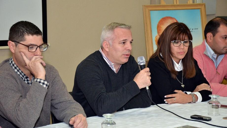 Daga presentó hoy su lista, con candidatos al Concejo y al Tribunal de Cuentas.