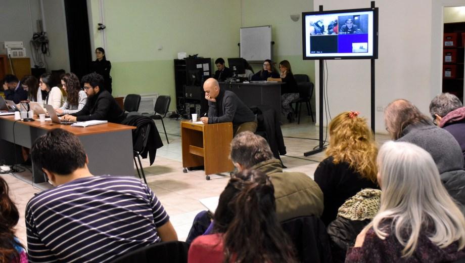 Dos acusados declararon por videoconferencia desde Comodoro Py (Foto Florencia Salto)