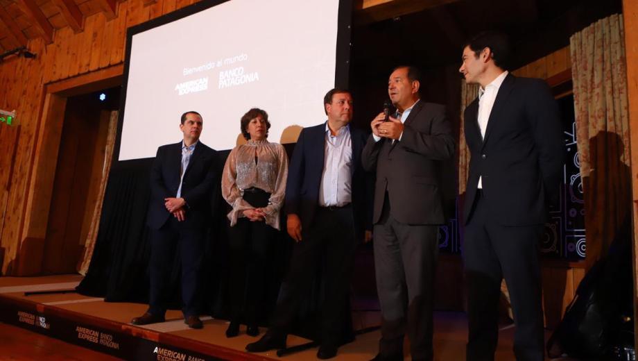 Carreras y Weretilneck en la presentación realizada en Llao Llao (Gentileza)