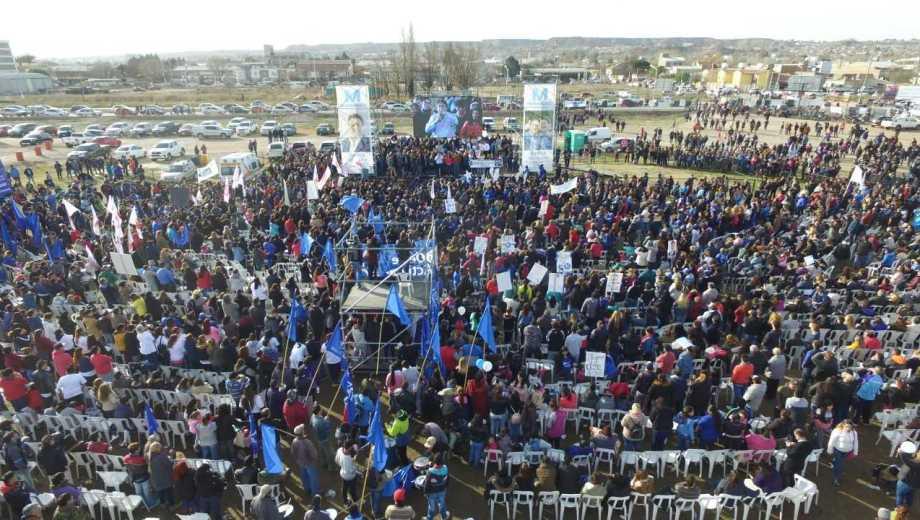 El acto se realizó en el predio de Afuven, frente a la terminal de ómnibus.