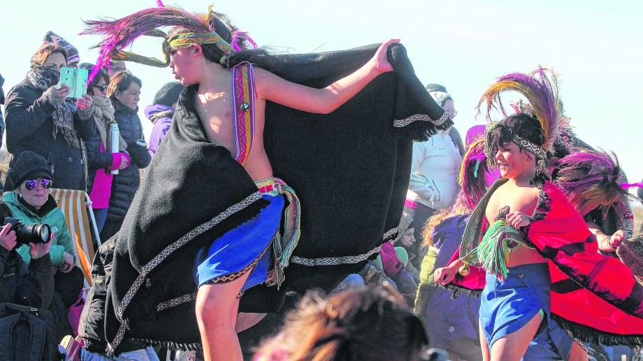 La Constitución de Neuquén reconoce al preexistencia étnica y cultural de los pueblos indígenas.