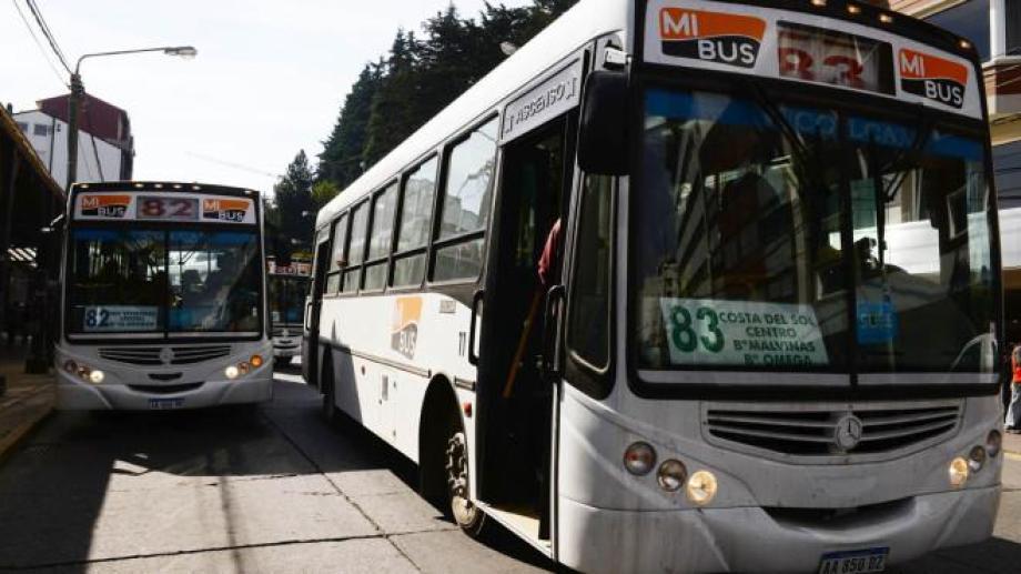 Los usuarios del servicio de transporte urbano de pasajeros deberán buscar otra alternativa para movilizarse este viernes por el paro de los trabajadores. (Foto Archivo)